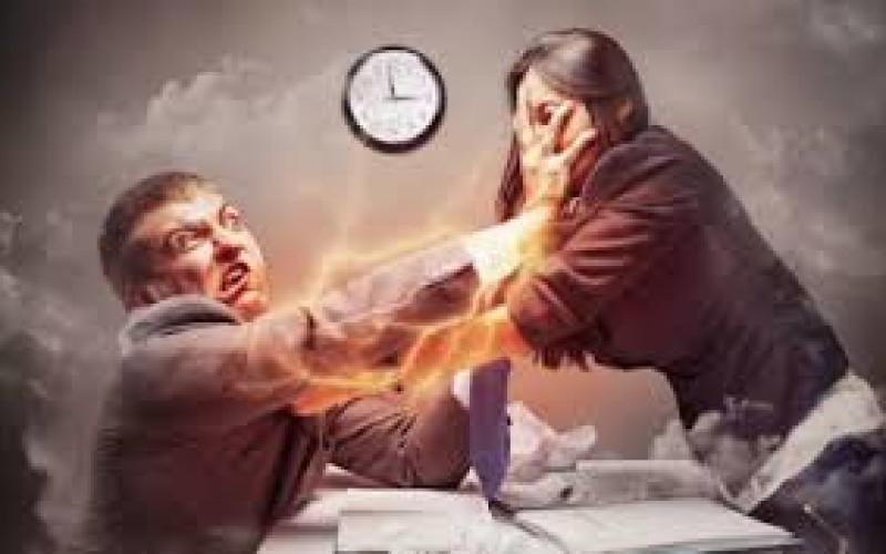 La nascita di un figlio e la capacità lavorativa della moglie non sempre determinano la revoca dell'assegno