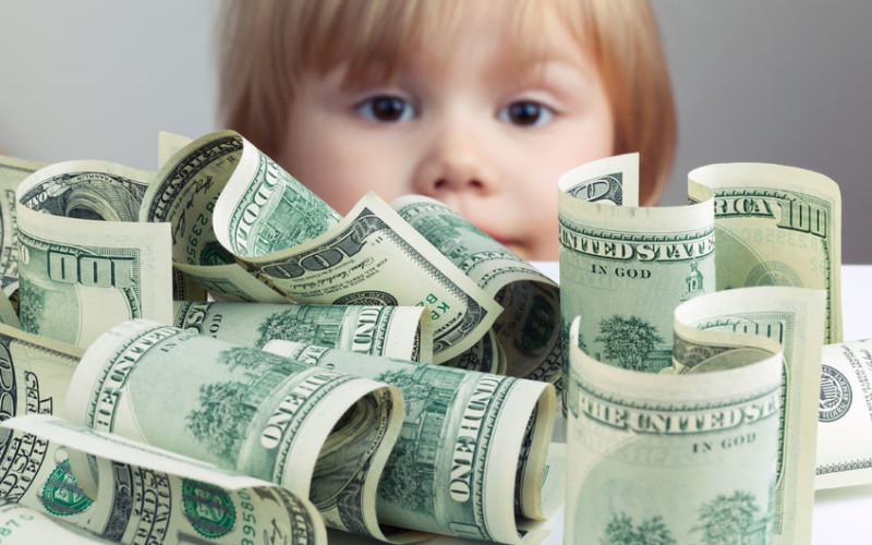 È donazione che richiede l'atto pubblico il bonifico consistente ai figli