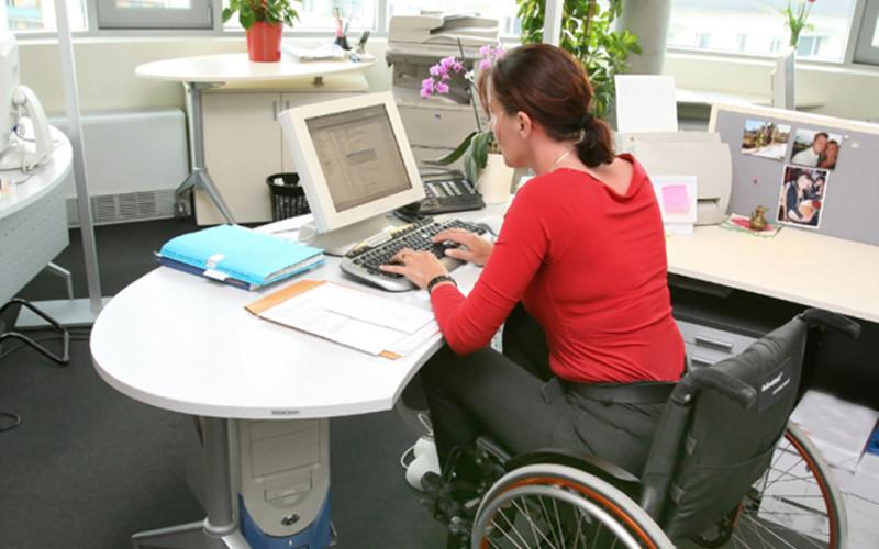 Sospeso l'assegno di mantenimento alla ex moglie malata che può lavorare