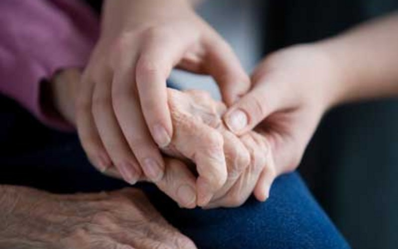 Pensione di reversibilità: spetta al figlio maggiorenne, inabile al lavoro e a carico del genitore defunto