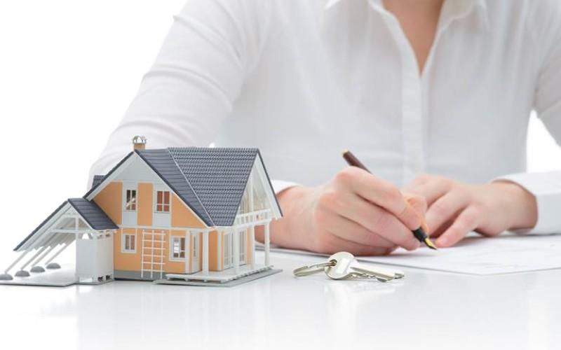 In sede di divorzio il certificato anagrafico non prova l'effettiva residenza del coniuge