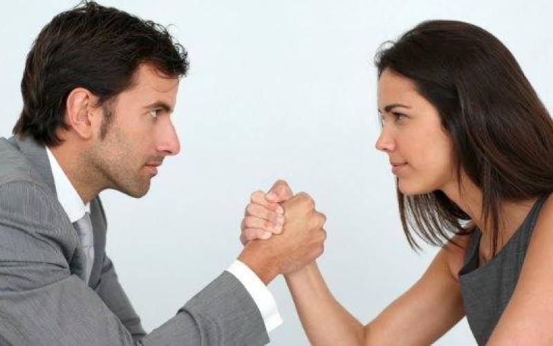 Comunione legale: è onere del ricorrente provare la provenienza e l'impiego delle somme