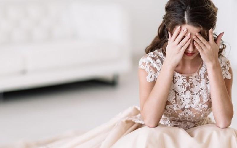 Lei si risposa ma continua a percepire l'assegno dal marito; condannata alla restituzione delle somme