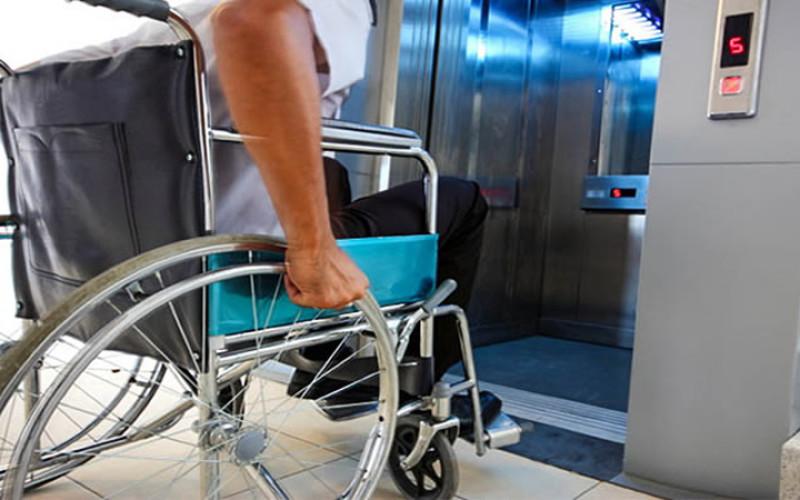 Condominio: il condomino disabile può installare l'ascensore senza autorizzazione dell'assemblea