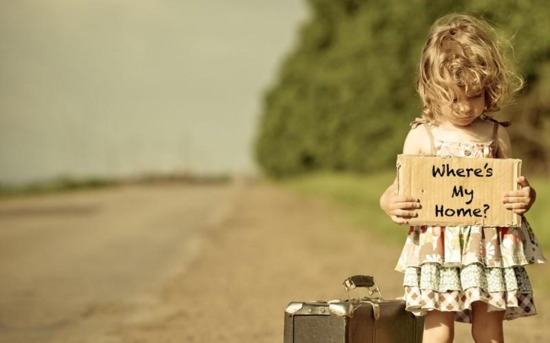 No all'affido esclusivo anche se l'altro genitore vive all'estero