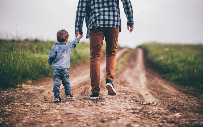 L'assegno per il figlio è dovuto alla ex anche se il ragazzo si trasferisce dal padre