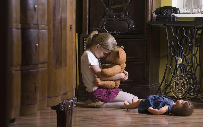 Adozione: vi è stato di abbandono del minore se non ha avuto rapporti significativi con i parenti