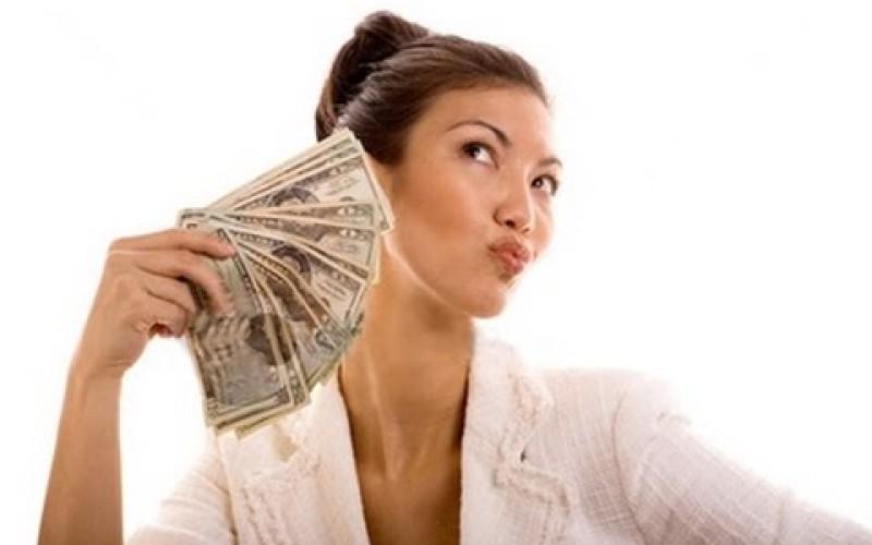Se la moglie eredita non perde l'assegno di divorzio