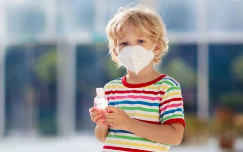 Il coronavirus non impedisce al genitore di vedere il figlio