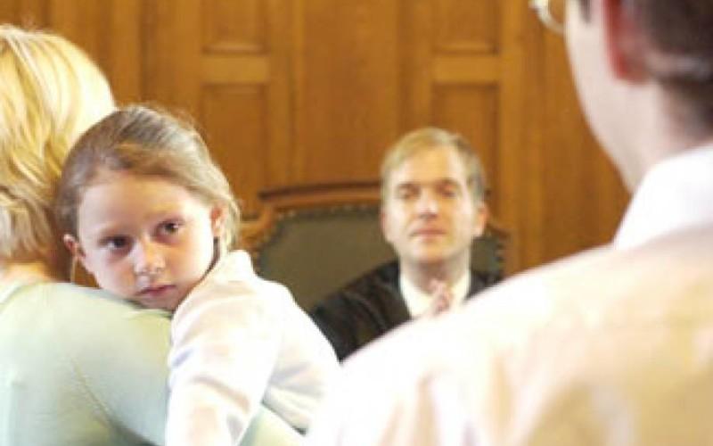 I tempi di permanenza del figlio con i genitori li decide il Giudice