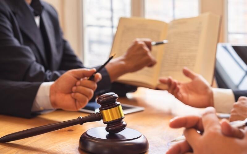 Mediazione obbligatoria: se non proposta il decreto ingiuntivo va revocato