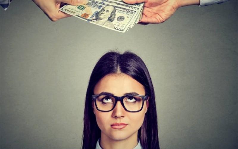 Divorzio: addio assegno all'ex con un nuovo compagno e un nuovo lavoro